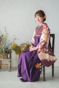 大学生袴紫
